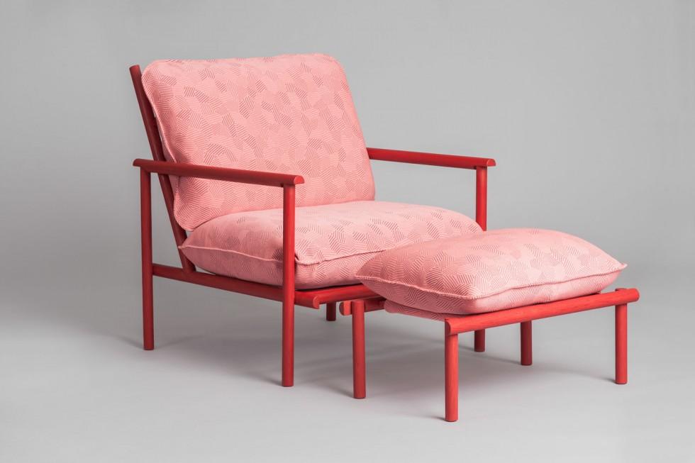 Vera-&-Kyte--Prop-Up--armchair