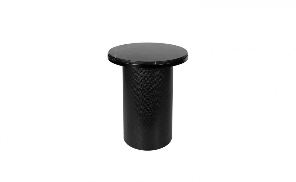 Esaila - Vera & Kyte - Pedestal - Black 01