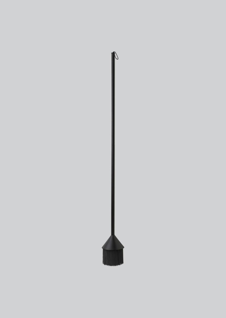 Northern_Mim_broom_black-890x1250